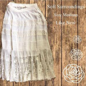 Soft Surroundings White Embroidered Skirt Medium
